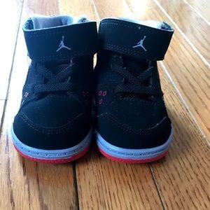 cae16906301bc2 ... Baby Jordan Flight ...